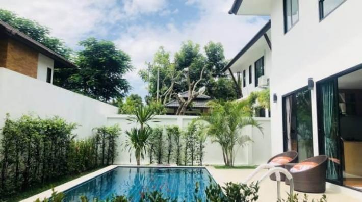 Brand new, Modern Style 4-bedroom Pool Villa South of Airport for Sale