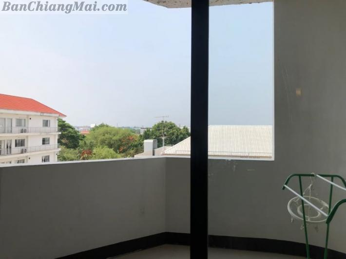 Condo for rent at Nakornping Condo with city and Mountain View. Chang Phueak. Located in center city with walking distance to Central Kad Suan Kaew, Maya and Nimmanhemin Rd.
