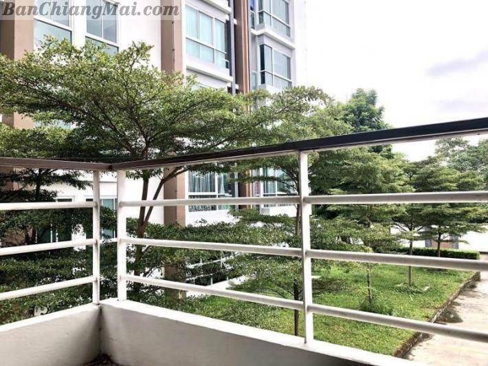 Quick Sale!!! Large Corner unit in One Plus 19 condo, Close to Central Airport Plaza.