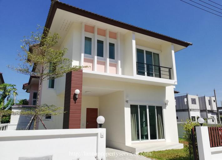 Newly furnished 3 bedroom house for rent near new Lanna International School campus.