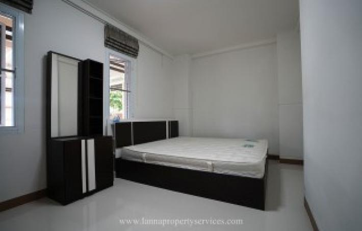 Furnished home in a community of Vararom