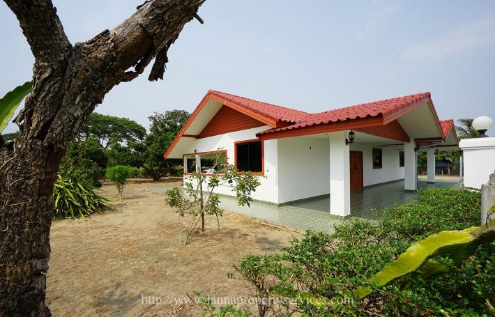 Furnished new house for rent big garden 3 bedrooms on the canal road near PTT Station namphrae hangdong.