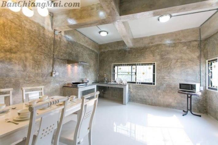 Modern House for Rent near Ping River close to Chiang Mai Airport and Central Plaza.
